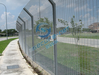 High-security welded mesh fences